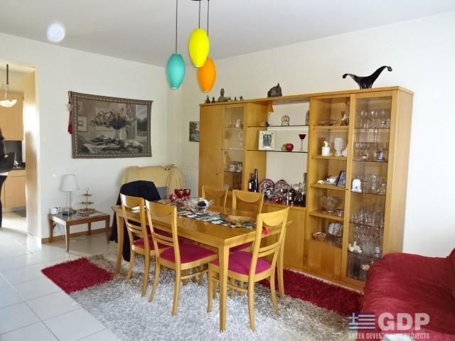 Maisonette in Vari