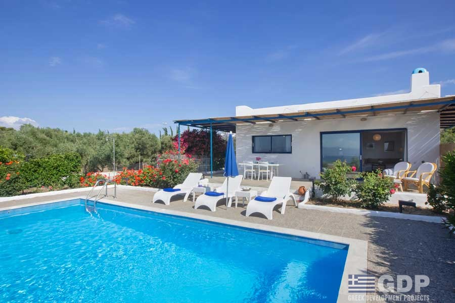 Small Villa In Loutraki For Rent And Vacations Gdp Greek Development Projects