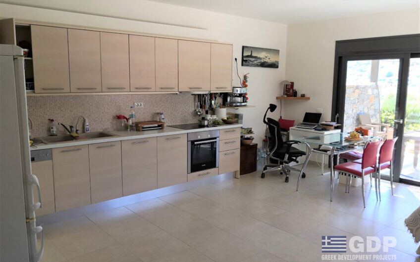 Small house for sale in Crete