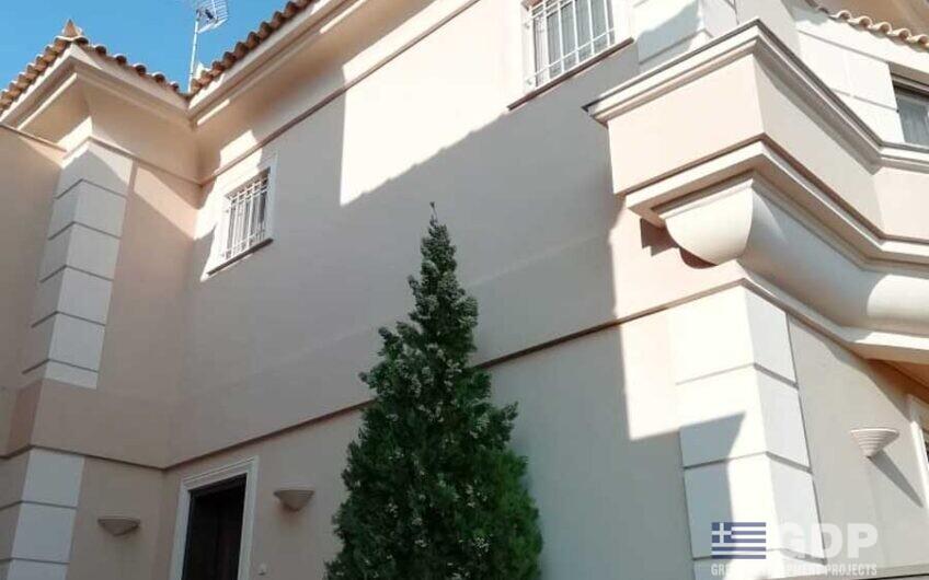 וילה מפוארת למכירה ב-Varkiza (דרום אתונה, יוון)